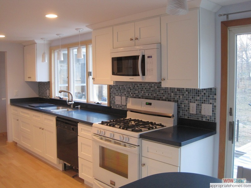 Charlton_tile_backsplash