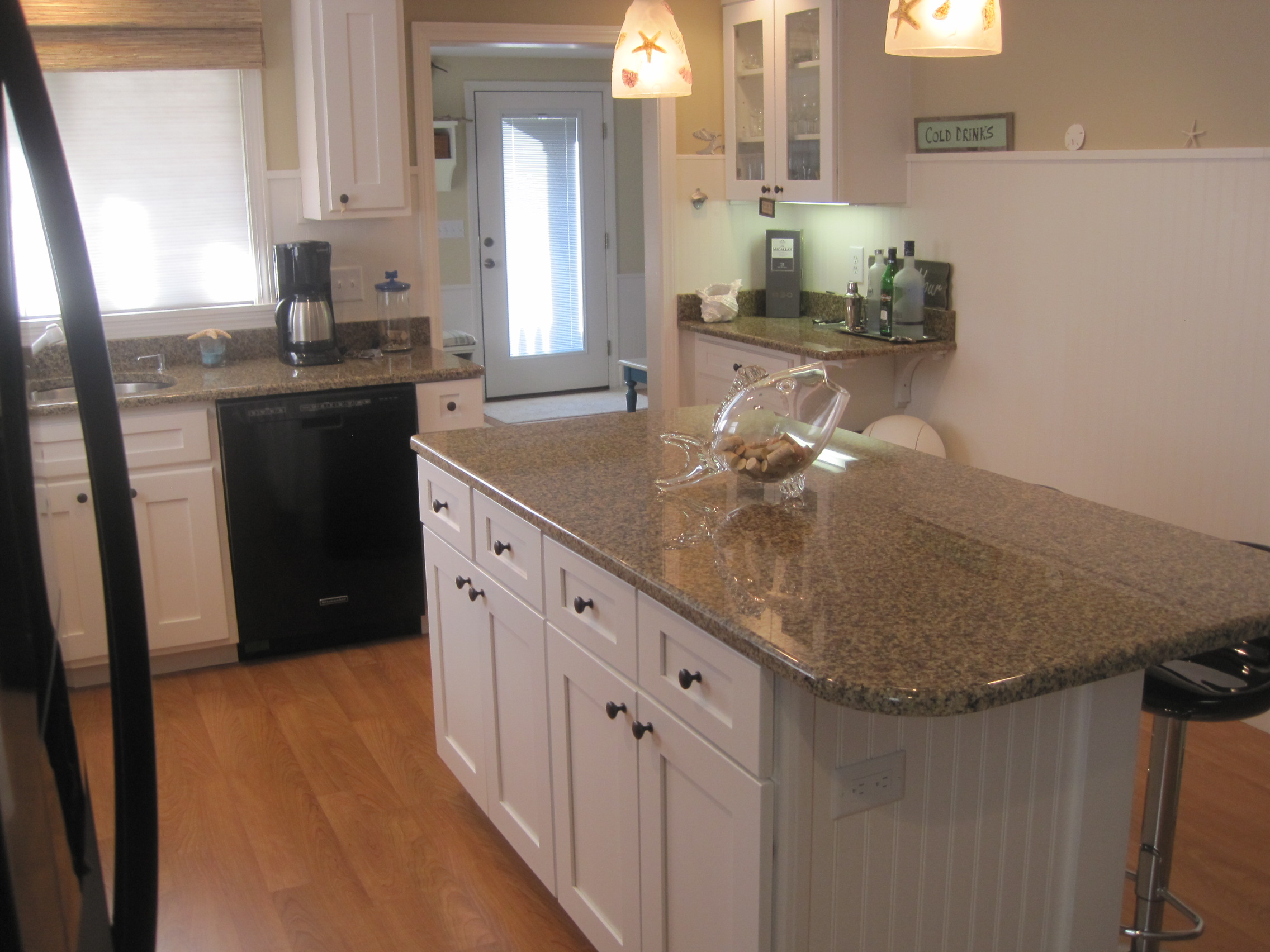 New Kitchen Right And Island